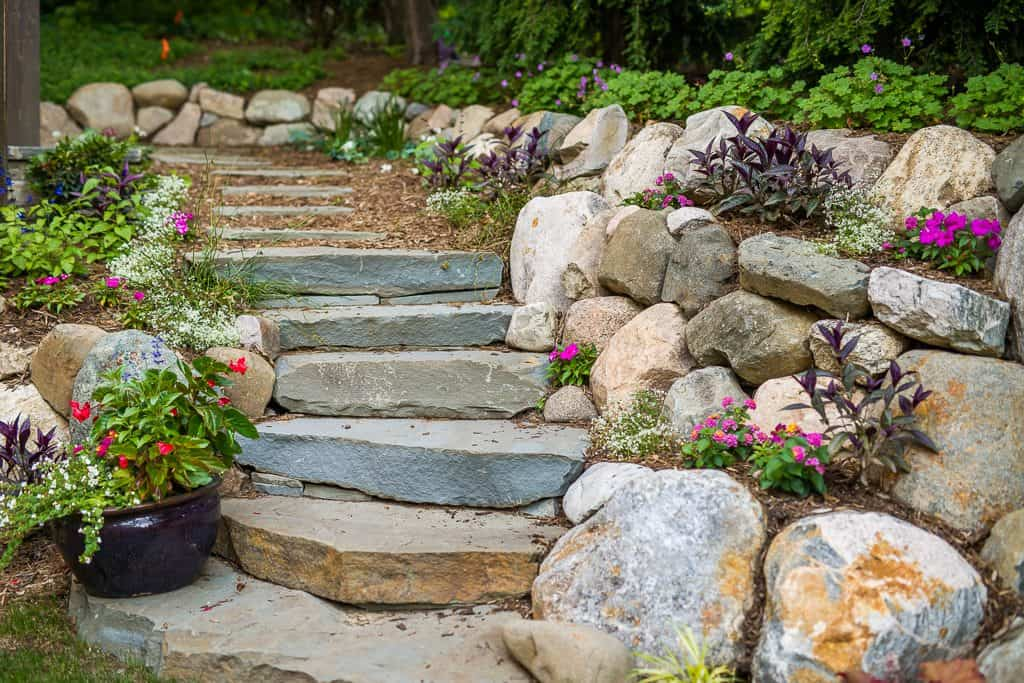 bluestone steps -- annuals -- seasonal color -- mnla grand award -- natural boulder wall