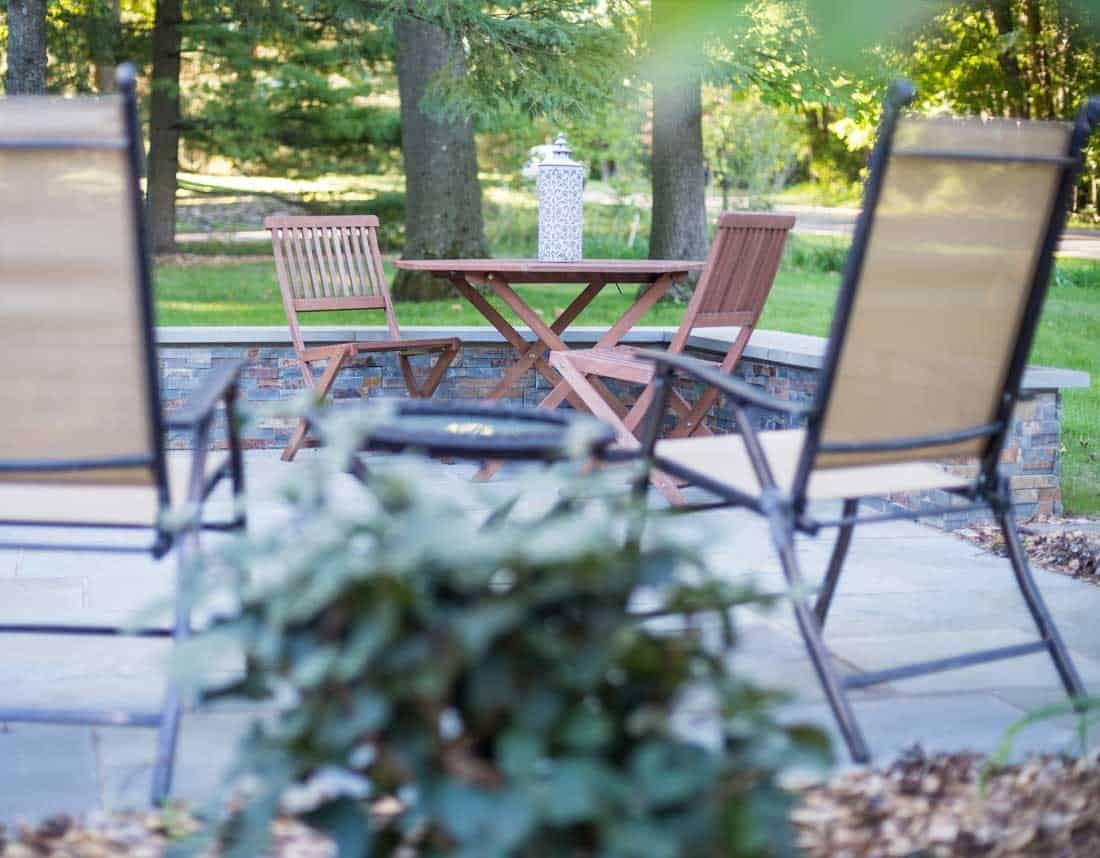 Lotus Gardenscapes -- Contemporary Courtyard and Patio -- Patio with Furniture -- Stone, Wood
