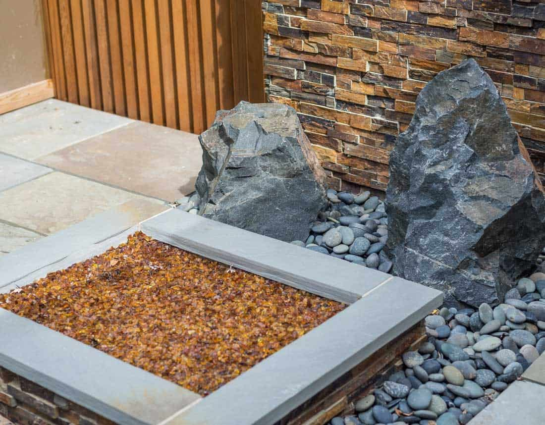 Lotus Gardenscapes -- Contemporary Courtyard and Patio -- Central Planter and Rock Garden, Detail -- Stone, Wood