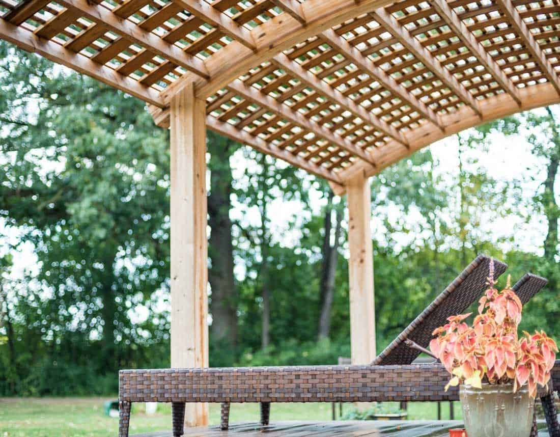 Lotus Gardenscapes -- Woodwork -- Summer Pergola Lounge Deck