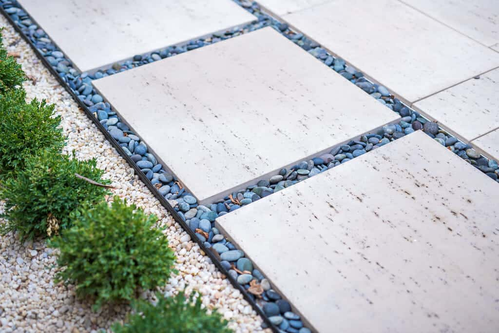 modern travertina pavers